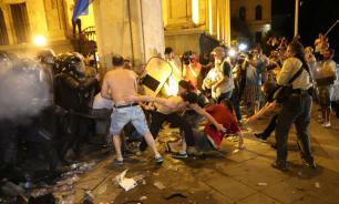 Эксперты: протесты в Грузии были запланированы сторонниками Саакашвили