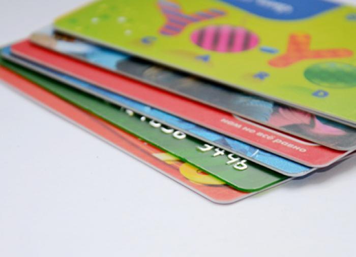 Кредитная карта: как бесплатно пользоваться деньгами банков