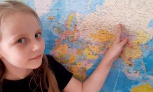 """""""Занимается дочерью как проектом"""": психолог о семье самой юной студентки МГУ"""