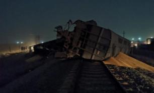 Саратовский поезд опрокинулся в Казахстане