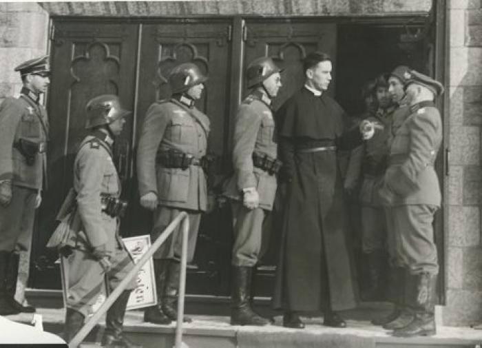 Как происходила деградация Ваффен-СС