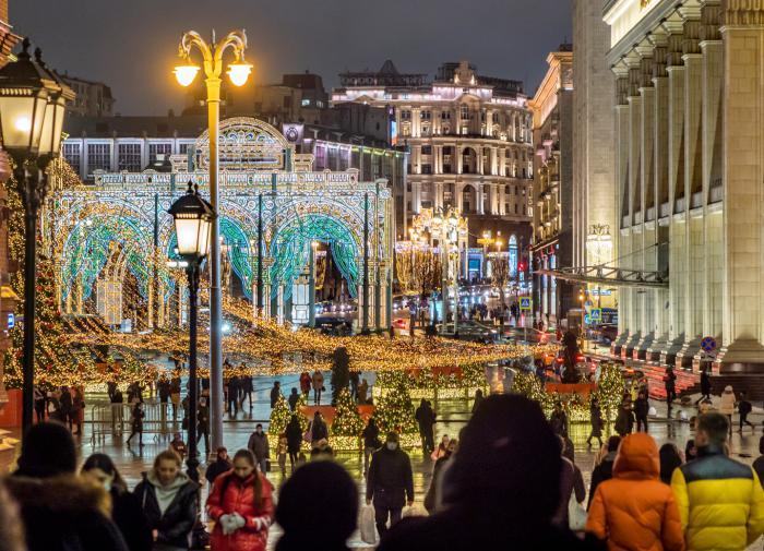"""Денис Дроздов: """"Если в Москве что-то было 300 лет назад, это проявляется и в наши дни"""""""
