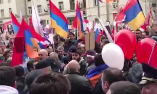 Армяне и азербайджанцы устроили бой в День Победы