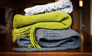 В Шанхае создали шарф-дисплей, который можно носить и стирать