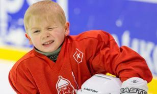 Юные хоккеисты из Воронежа и Луганска подрались на льду