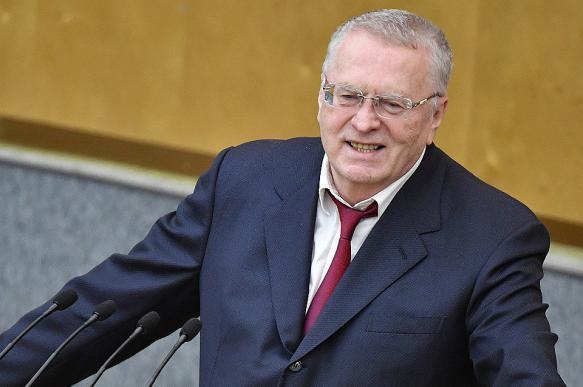 """Жириновский предложил на время отменить платежи за """"коммуналку"""""""