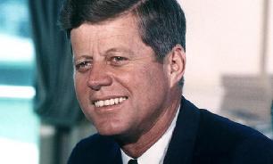 Обнародовано письмо Кеннеди о Санта-Клаусе и советской бомбе