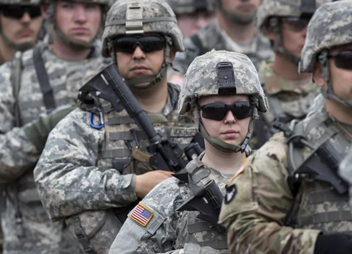 """12 нацгвардейцев США заподозрены в """"экстремистских связях"""""""