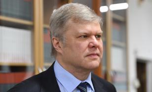 Депутата Сергея Митрохина задержали в центре Москвы