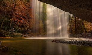 Высочайший водопад сменит имя по политическим причинам