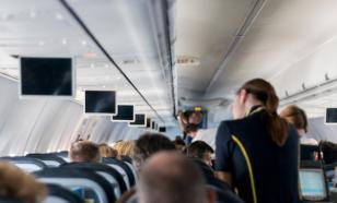 Стюардесса раскрыла реальные зарплаты коллег и пилотов