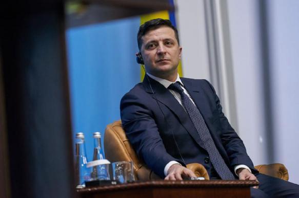 Политолог спрогнозировал коллапс на Украине из-за правления Зеленского