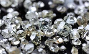 Добыча алмазов упала на треть