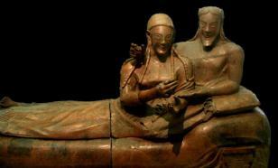 На Корсике нашли этрусскую гробницу с предметами роскоши