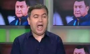 Министр спорта Румынии дал интервью без штанов
