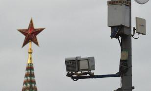 """Автоэксперт поддержал установку """"штрафующих"""" за проезд между полос камер"""