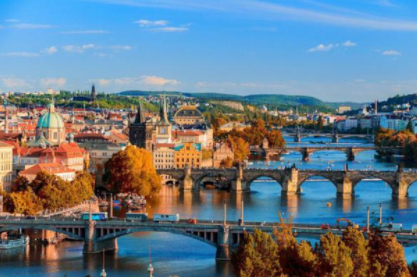 Прага хочет ограничить туристам аренду жилья через Airbnb