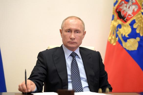 Путин поблагодарил работников телекоммуникационных компаний