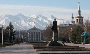 В Киргизии сначала избили, а потом задержали женщин, вышедших на марш