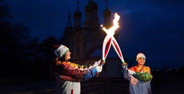 Байкеры сопроводили олимпийский факел в Махачкале