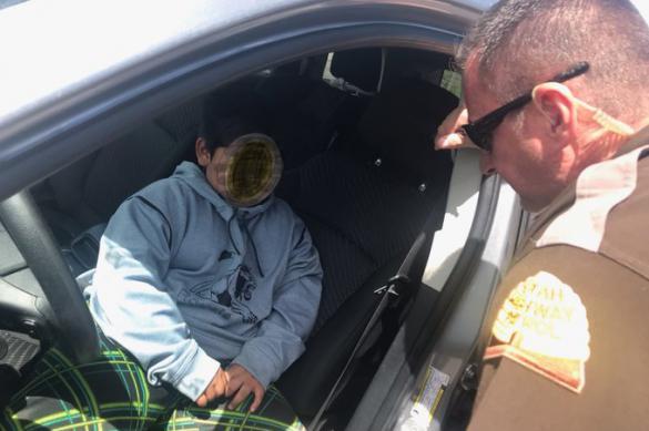 Пятилетний водитель внедорожника остановлен в штате Юта, США