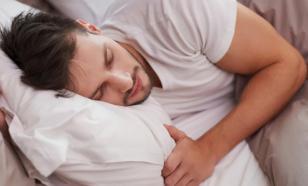 Простое упражнение для лучшего засыпания подсказала немецкий врач