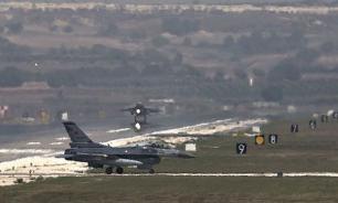 Американские истребители F-15 покидают авиабазу Инджирлик в полном составе