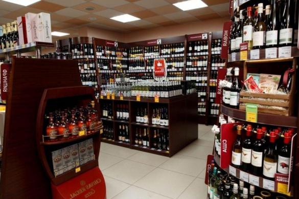 В России зафиксирован рост продажи водки, пива и виски