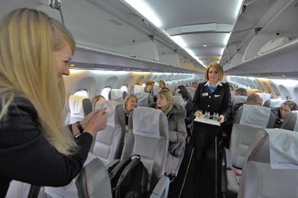 Минтранс попросили отменить плату за онлайн-регистрацию в самолёте
