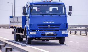 К 2022 году между Москвой и Петербургом запустят беспилотные грузовики