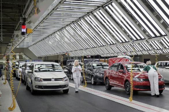 Дефицит комплектующих останавливает автозаводы в России