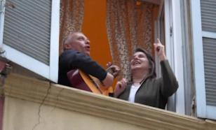 Москвичам выписывали штрафы за выход на балкон