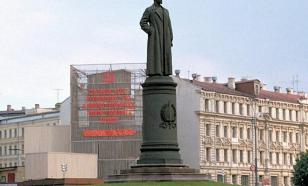 Памятник Дзержинскому - камень преткновения