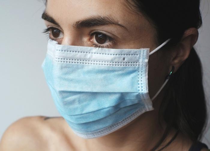 """""""Всегда под рукой"""": медицинские маски помогут туристам в Турции"""