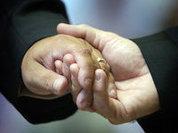 Однополые браки раскололи Британию