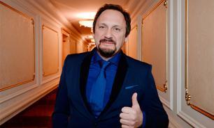 Как живет популярный эстрадный певец Стас Михайлов