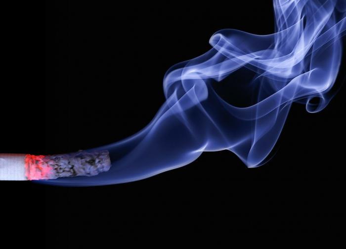 Пассивное курение повышает риск развития рака полости рта на 51%