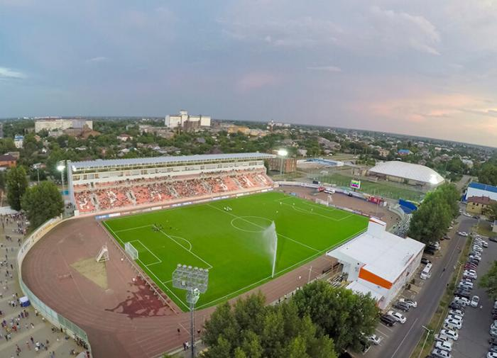 Футбольный стадион на Крестовском острове растет «строго по графику»