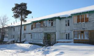 Чиновники в ЯНАО считают, что жить в аварийных домах можно
