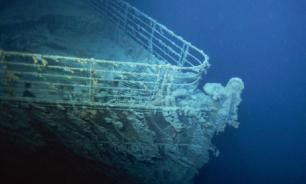 """СМИ: власти США скрывали факт столкновения подлодки с """"Титаником"""""""