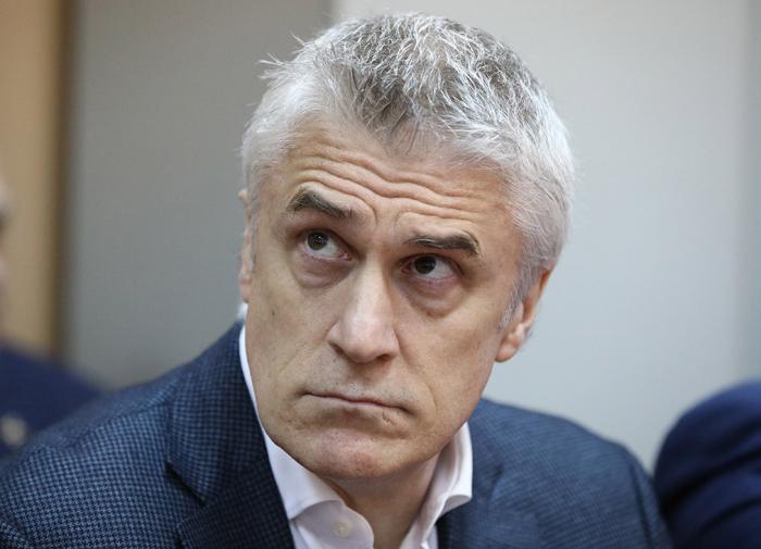 Американский инвестор Майкл Калви освобождён из-под домашнего ареста