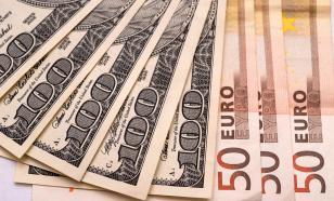 В конце 2020 года россияне активно скупали валюту
