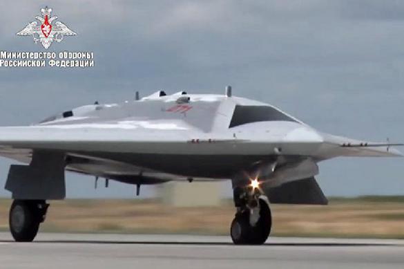 """Ударный дрон """"Охотник"""" дополнят боеприпасом весом от 50 до 100 кг"""