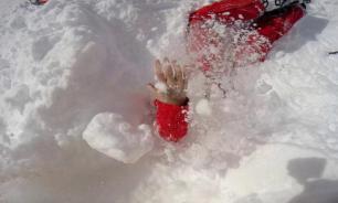 Британец спас от удушья девушку в Альпах