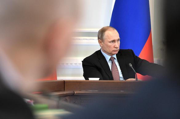 Путин поручил кабмину разработать стратегию защиты прав потребителей