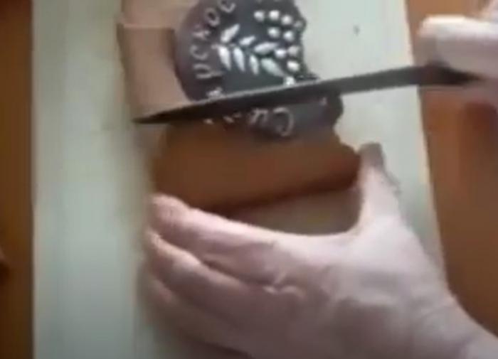 В Тюменской области ветерану подарили засохший пряник