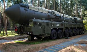 Готовясь бомбить КНДР, США обвиняют Россию в наличии ракет