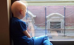 Семья с онкобольными детьми выехала из квартиры из-за травли соседей