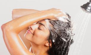 Увлажнение волос без утяжеления: американский стилист раскрыл секрет