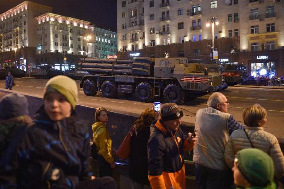 Репетиции Парада Победы окончены: военнослужащие возвращаются в части
